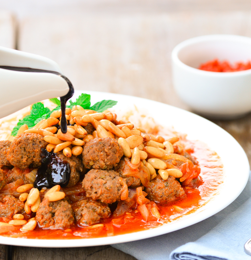 Dawood Basha (Lebanese Meatballs Braised in Tomato Sauce)