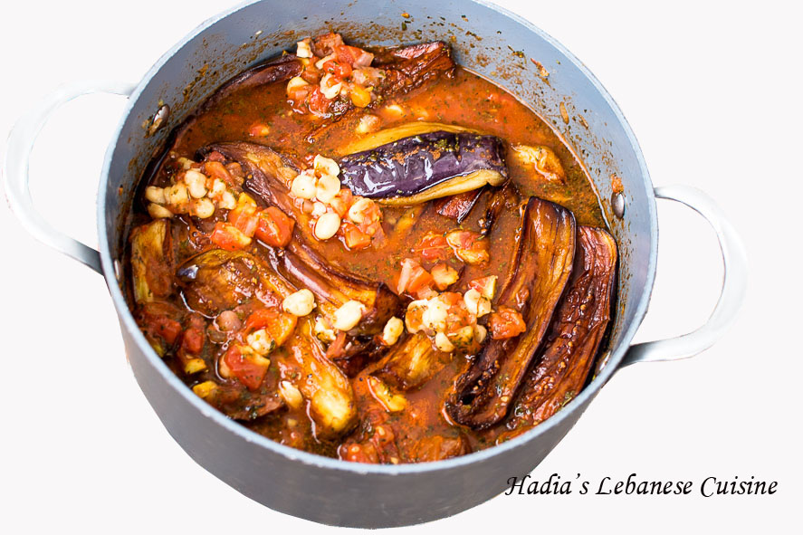 My Mom S Lebanese Moussaka Maghmour A Velvety Vegetarian Eggplant Stew With Chickpeas Garlic Onions Tomatoes And Dried Mint Hadias Lebanese Cuisine